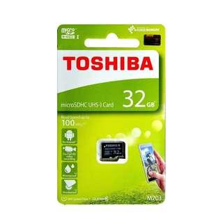 Toshiba 32GB micro SDHC UHS-I Class 10 100MB/s Memory Card