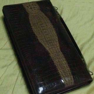 Antique collection crocodile skin bag authentic offer me I will accept offer if u interested msg me ur offer highest offer win