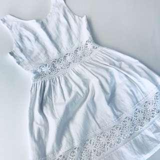 White cut out floral lacy elegant dress