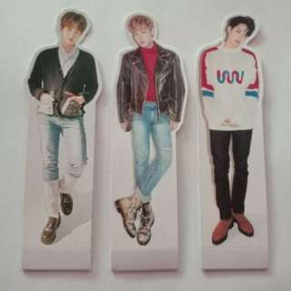 ON HAND WANNA ONE 'NOTHING WITHOUT YOU' STANDEE