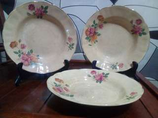 FLAG & CROWN COLLECTION : PLATE