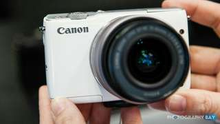 Canon EOS M10 Kit 15-45mm Resmi Kredit Kamera Tanpa CC