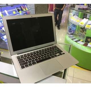 """Apple 二手電腦 Macbook Air 13"""" 128GB"""