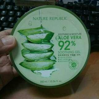 Nature republic aloe vera 92% soothing Gel (100% original)
