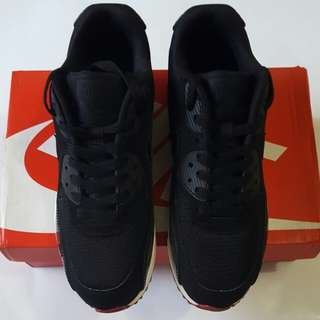 Nike Airmax 90 Essential