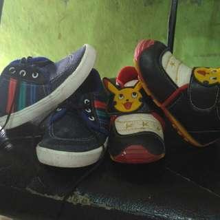 Sepatu bayi usia 8-1th