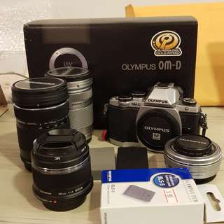 Olympus OMD EM10 camera lens set