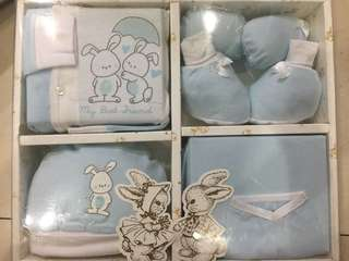 222-0099 Baby Boy Gift Set