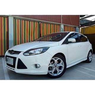 2014年 福特 FOCUS S 頂級  2.0L 白色 安全性極高~ 超優質車況 可認證車種 正一手車 絕無事故~