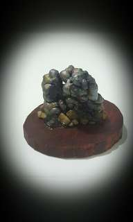 Leklai stone with Raja Kayu based