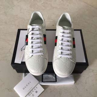 Ready Gucci sneakers