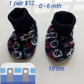 Prewalker booties handmade