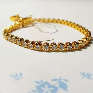 Elegant 18k Gold Plated Bracelet
