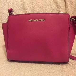 Michael kors 桃紅色手袋