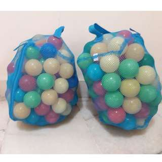 200 Plastic Balls