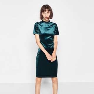 Zara 全新 綠色天鵝絨洋裝 原價$690(asos/topshop/doestudio/nu_de)