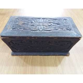 VINTAGE CHINA WOOD CRAFT CONTAINER