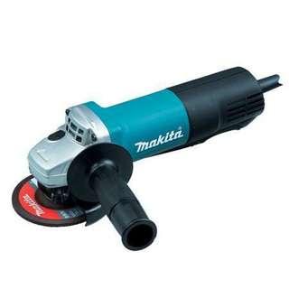 "Makita 9556PB 4"" Angle Grinder 840W (Paddle Switch)"