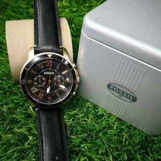 FOSSIL😍  ✔Authentic ✔Pawnable(Selected Pawnshop) ✔With Original Leather Strap With Manual. Serial Number. Original Box