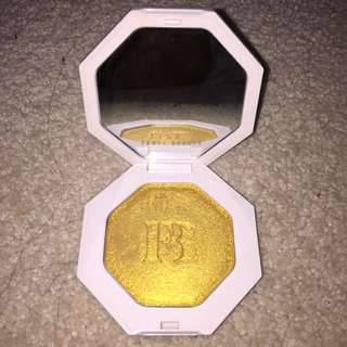 Authentic Fenty Beauty Highlight (trophy wife)