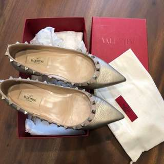 Valentino Rockstud Grained Gold Leather Authentic Used