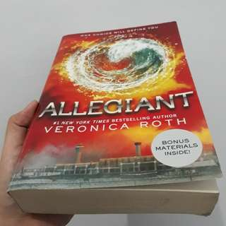 novel allegiant bahasa inggris