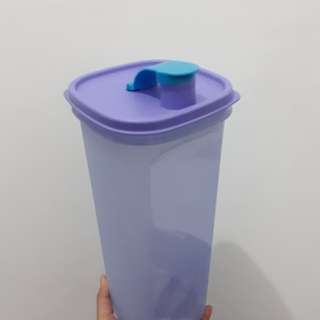 tupperware tempat air