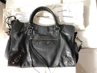 Balenciaga gris city excellent cond