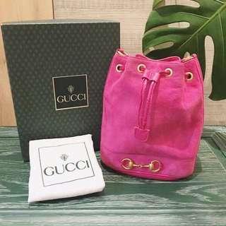 🚚 Gucci古董桃紅麂皮水桶包