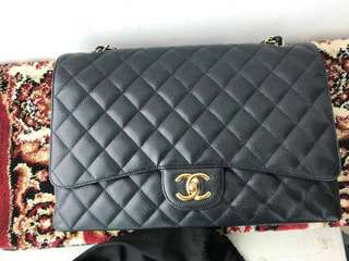 Chanel maxi caviar ghw serie 15 with db card holo (very excellent) @45.5jta