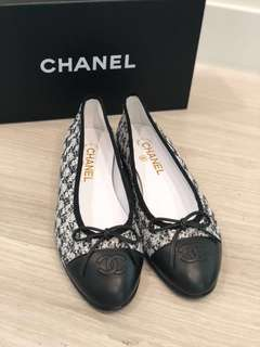 Chanel Flats 100% New