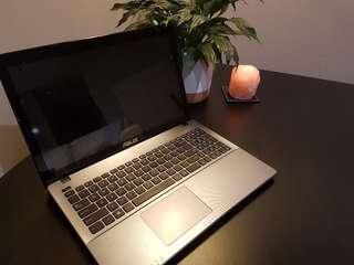 Asus F550W touchscreen laptop