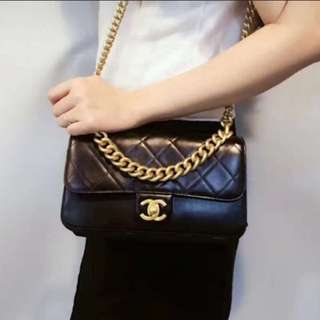 New Chanel 2018 flap bag can sling