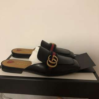 Gucci Peyton Leather Loafer Mules