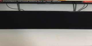 HARDLY USED YAMAHA soundbar YAS-105 (non-nego)