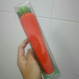 carrot pencil case!!