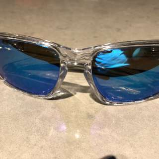 MINT Oakley Sliver sunglasses clear/sapphire
