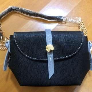 100% New Black Shoulder Bag 黑色小斜孭袋側袋