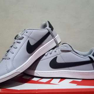 Nike Court Royake