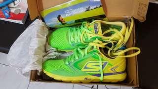 Skechers go run running shoes