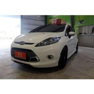 2012年 Fiesta 1.6 白