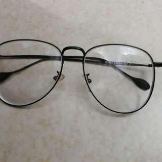 kacamata hitz
