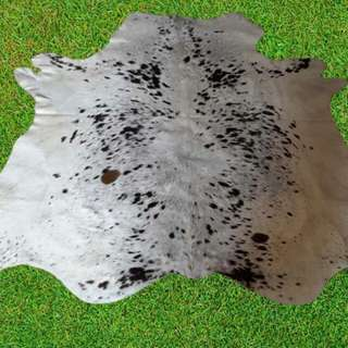 Cowhide skin rug  for floor from pakistan