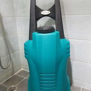 充電式或點煙器取電洗車器