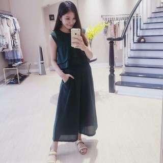 Beige / Dazzlingdazzlin 小首爾 墨綠色造型連身褲