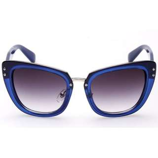 Cat Eyes Blue Frame Sunglasses