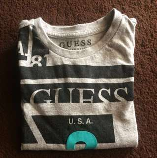 💯Original GUESS Tshirt