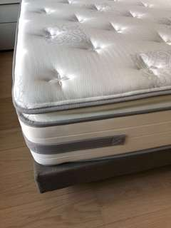 King size Sealy mattress / bed frame ($ reduced, great deal)