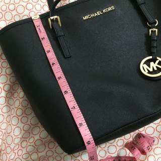 Authentic Michael Kors Black Shoulder Bag Tote
