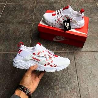 NIKE Huarache LV Supreme White Red